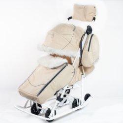Санки-коляски Pikate Снеговик «Бежевый» (материал «Oxford» плотностью 600 D, овчина, 3 положения спинки, краска рамы белый)